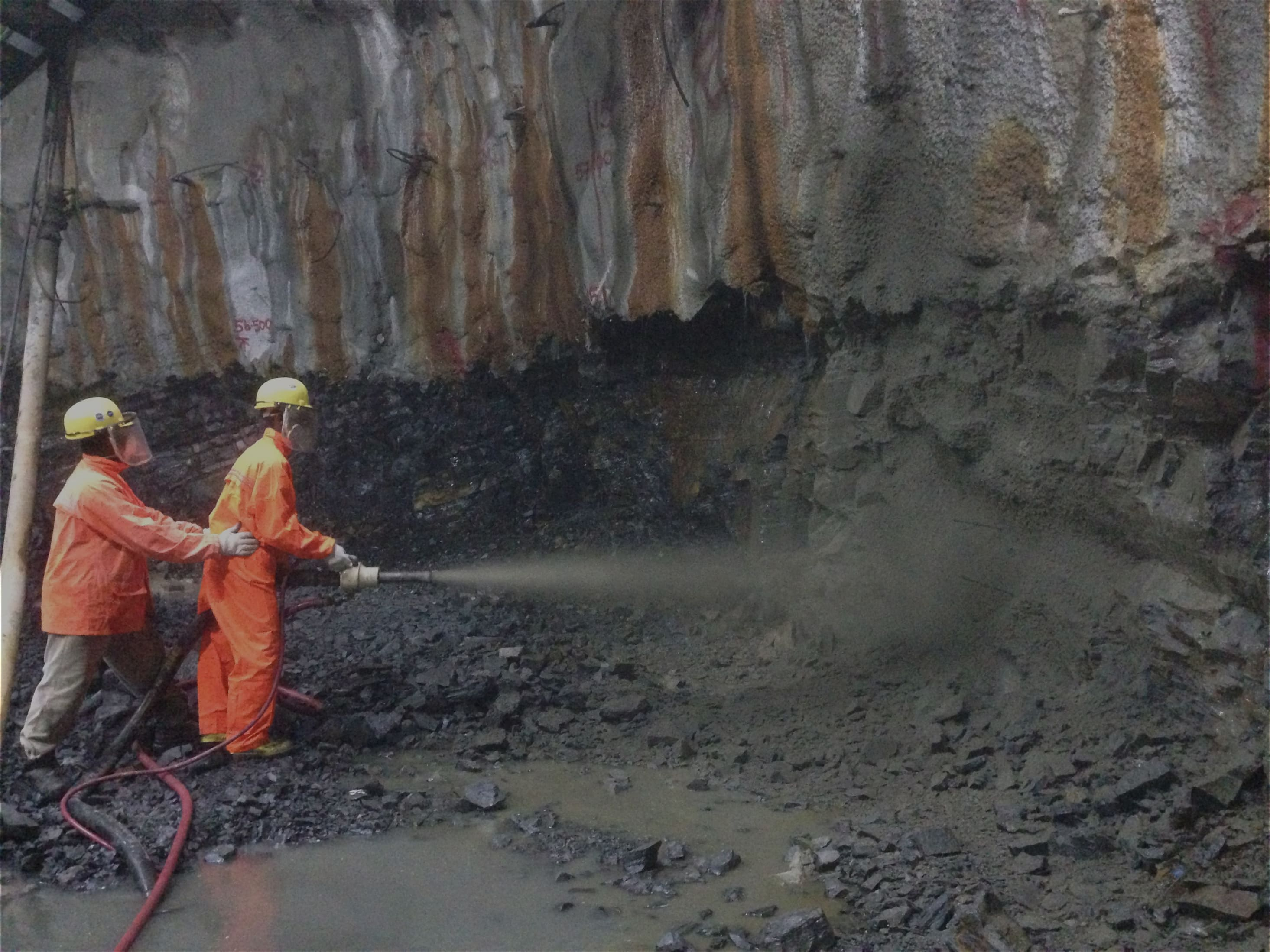 Geotechnical and Rock Breaking